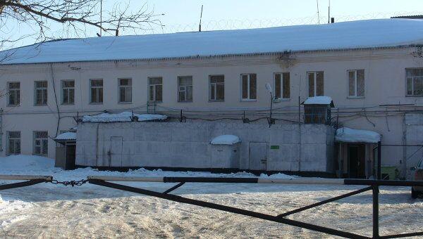 Здание колонии № 17 в поселке Шексна Вологодской области