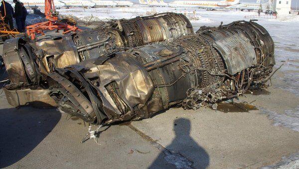 Обломки Су-24, разбившегося под Курганом