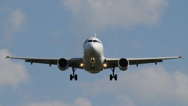 Самолет Airbus А-319. Архив