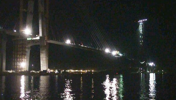 Владивосток и остров Русский связали мостом с километровым пролетом