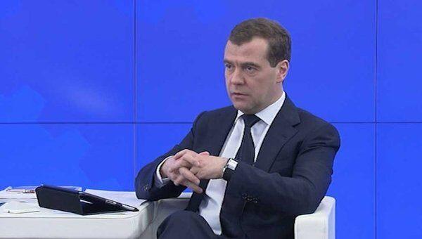 Медведев рассказал, каким будет общественное ТВ в России