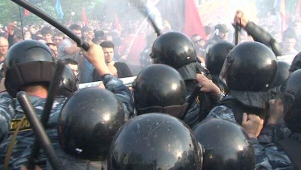 Акция оппозиции 6 мая в Москве: от шествия до задержаний