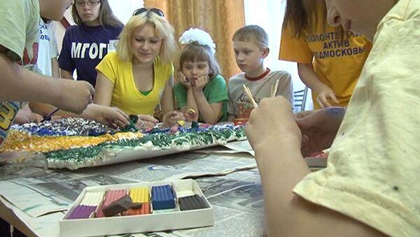 Сказки как профилактика наркомании: волонтеры воспитывают детдомовцев
