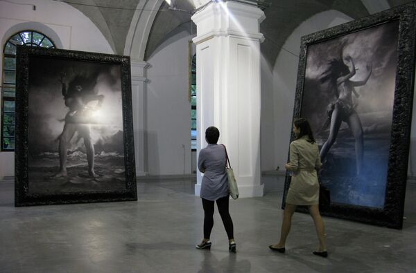 Проект молодой художницы Мивы Янаги из Киото Женщина, открытая всем ветрам