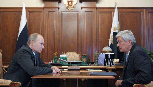 Встреча В.Путина с Ю.Чиханчиным. Архивное фото