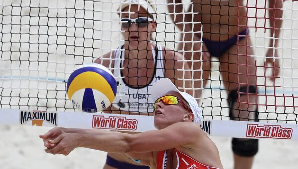 Волейболистка Евгения Уколова (на первом плане). Архивное фото