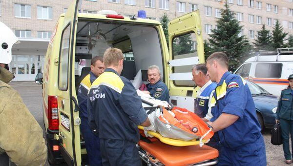 Эвакуация пострадавших в ДТП в Новгородской области