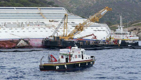 Лайнер Costa Concordia, затонувший у берегов Италии