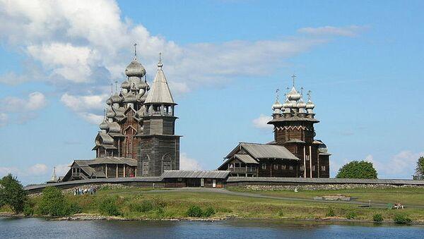 Кижи остров на Онежском озере в Карелии