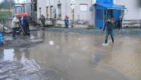 Вода затопила Маткожнежскую ГЭС в Карелии