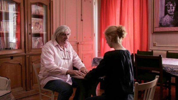 Кадр из фильма Девушка из ниоткуда (La fille de nulle part ), режиссер Жан-Клод Бриссо (Jean-Claude Brisseau)