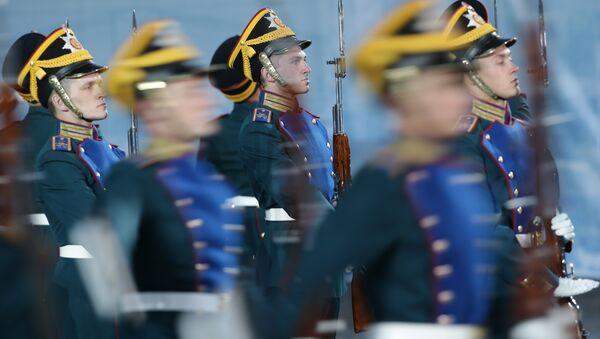 Торжественная церемония закрытия военно-музыкального фестиваля Спасская башня на Красной площади в Москве