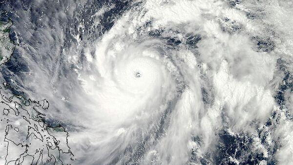 Тайфун Санба, снимок NASA