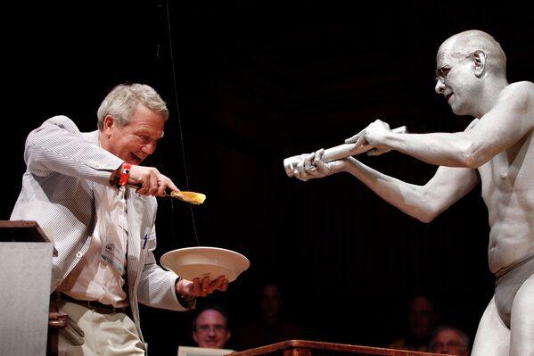 Церемония вручения Шнобелевской премии прошла в Гарварде