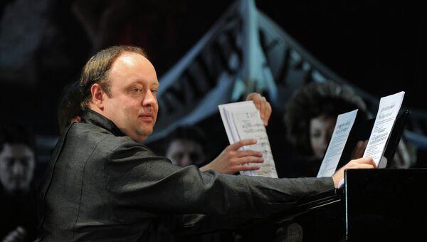 Пианист Александр Гиндин, архивное фото