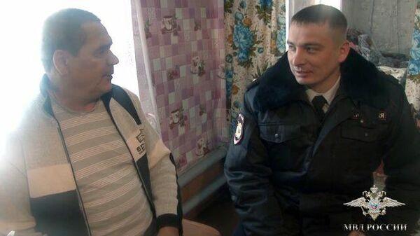 Омские полицейские спасли людей из пожара