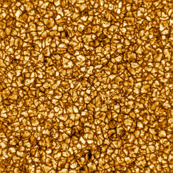 Снимок солнечной поверхности, сделанный при помощи солнечного телескопа Inouye