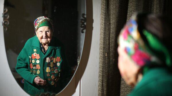 Участница Черкасовского движения по восстановлению Сталинграда в 1943 году Галина Марказинова