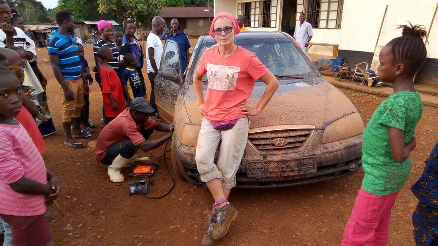 Африка. Сьерра-Леоне. После тяжёлого перехода по бездорожью