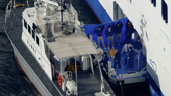Эвакуация пассажиров круизного судна Diamond Princess в Йокогаме