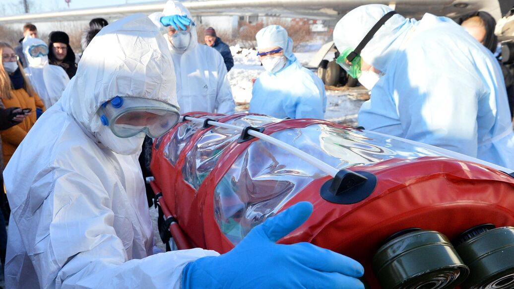 Китайские врачи назвали срок жизни коронавируса в организме