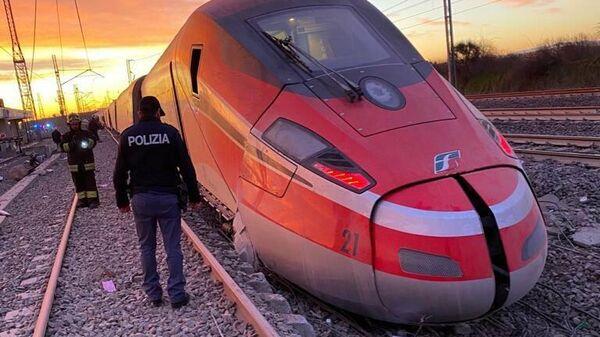 В Италии сошел с рельсов скоростной поезд Frecciarossa