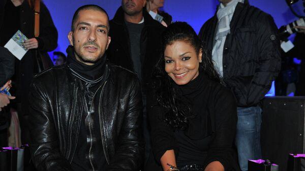 Певица Джанет Джексон с женихом Висамом Аль-Мана