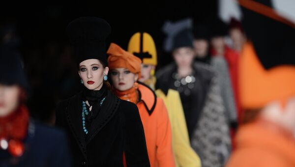 Коллекция Славы Зайцева в рамках 2013 Mercedes-Benz Fashion Week Russia