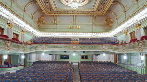 Зрительный зал Санкт-Петербургского Государственого Академического Драматического театра имени В.Ф. Комиссаржевской