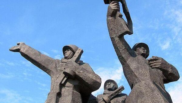 Памятник воинам-освободителям. Архивное фото