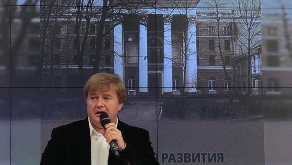 Композитор и продюсер Андрей Сигле