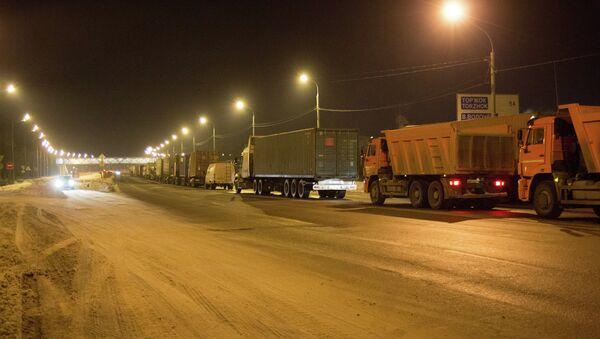 На трассе М-10 в Тверской области. Архивное фото