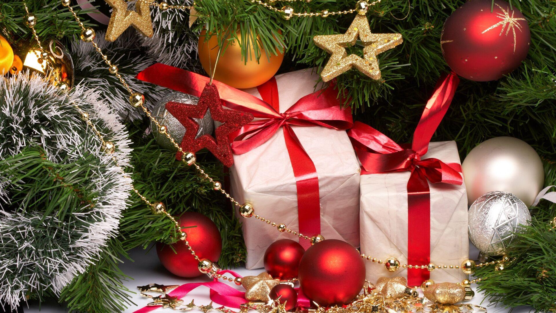 Юрист рассказала, как вернуть в магазин ненужные новогодние подарки