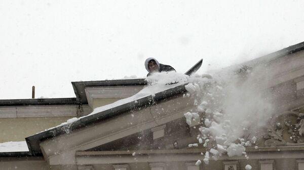 Уборка снега и наледи