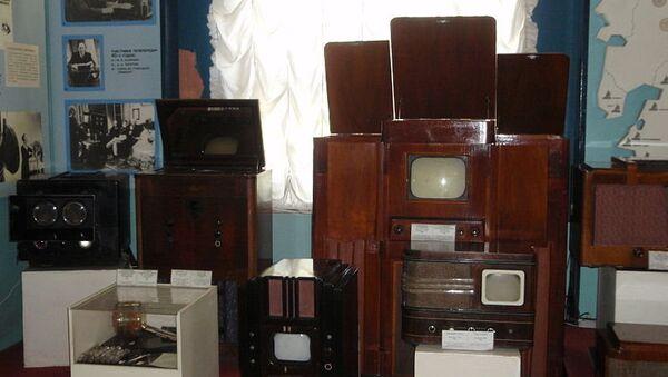 Экспозиция устаревших телевизоров Политехнического музея