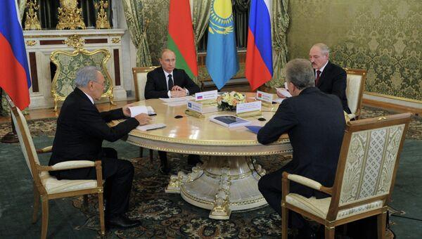 В.Путин на заседании ЕврАзЭС
