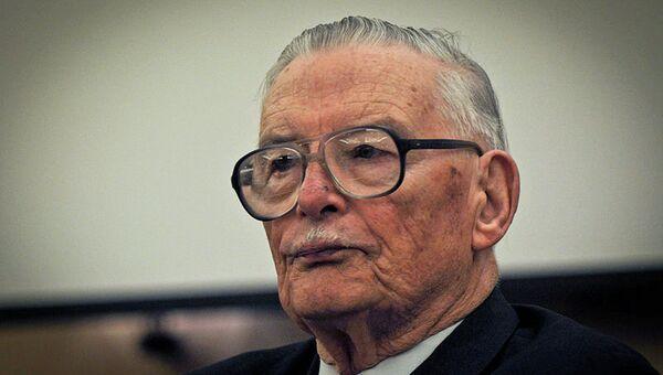 Лауреат Нобелевской премии по экономике 1986 года Джеймс Бьюкенен
