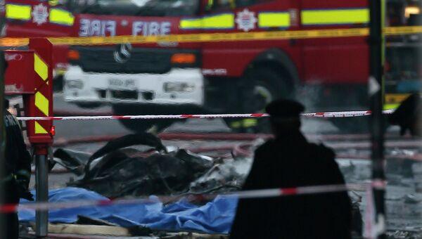 Вертолет разбился в центре Лондона