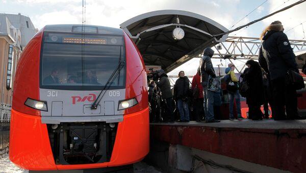 Скорый поезд Ласточка. Архивное фото