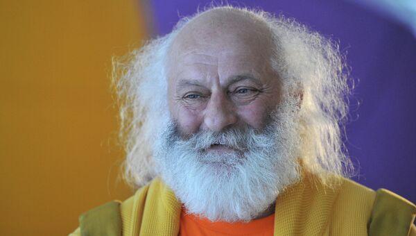 Основатель театра Лицедеи Вячеслав Полунин. Архивное фото