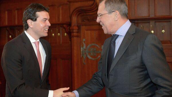 Министр иностранных дел РФ Сергей Лавров (справа) и министр иностранных дел Македонии Никола Попоский. Архивное фото