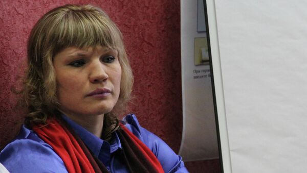 Чемпионка мира по боксу Надежда Торлопова в костромском избиркоме