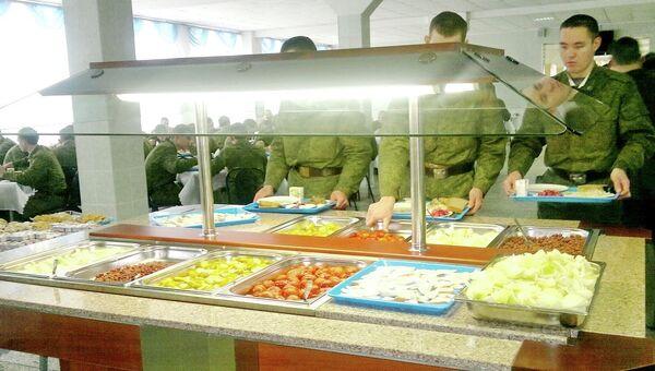 Салат-бар в воинской части ЦВО
