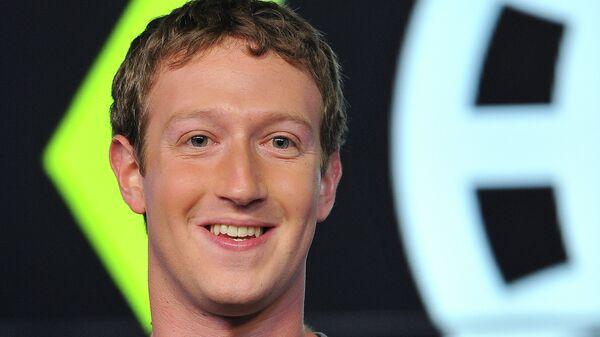 Основатель и гендиректор социальной сети Facebook Марк Цукерберг