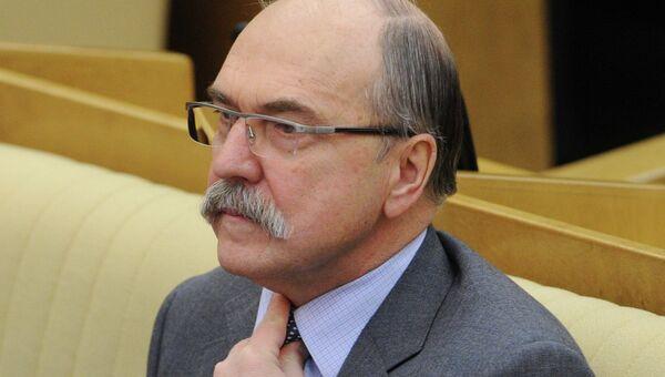 Председатель комиссии Государственной Думы РФ по вопросам депутатской этики Владимир Пехтин