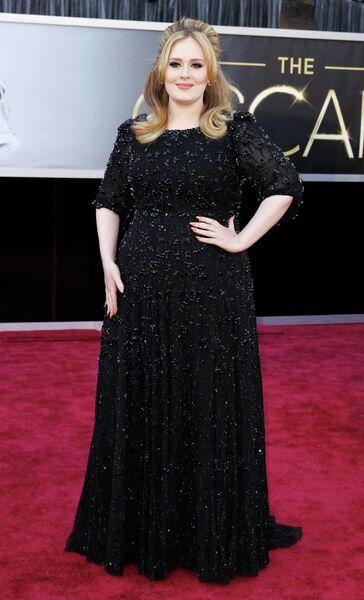 Певица Адель в платье Jenny Packham на 85-й церемонии вручения премии Оскар