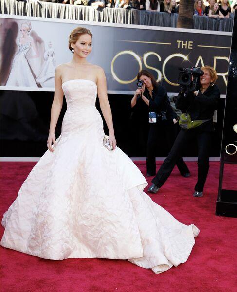 Дженнифер Лоуренс на 85-й церемонии вручения премии Оскар