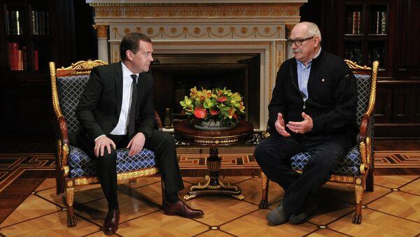 Д.Медведев встретился с Н.Михалковым