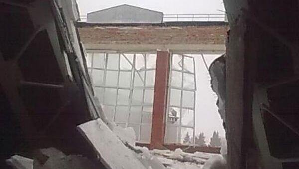 Обрушенный потолок школы в Бронницах