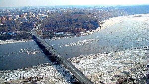 Река Томь. Архивное фото